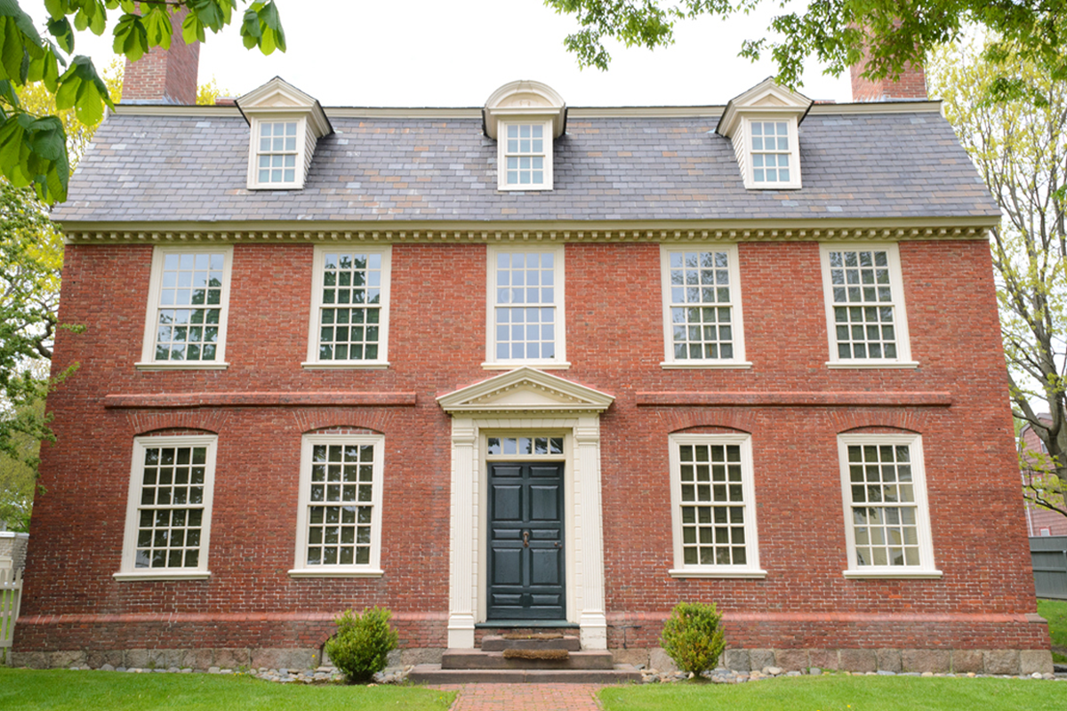 brick-georgian-colonial-home