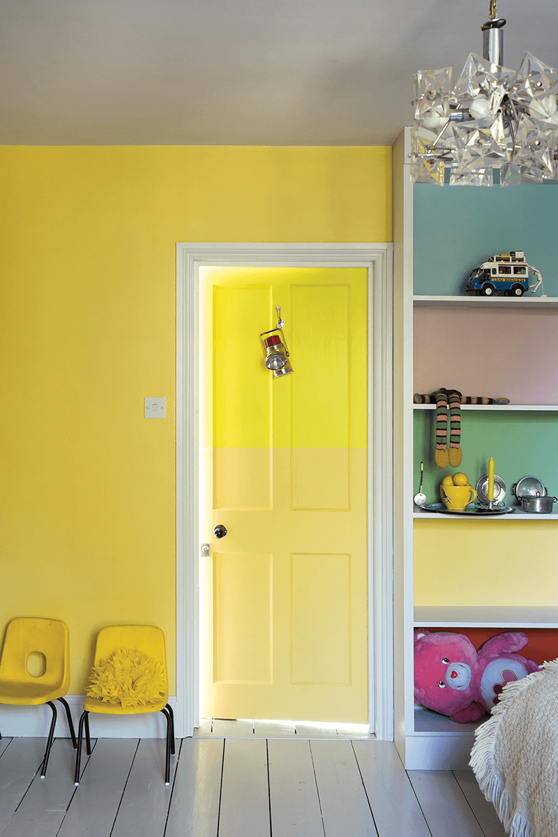 Monochromatic Yellow Room