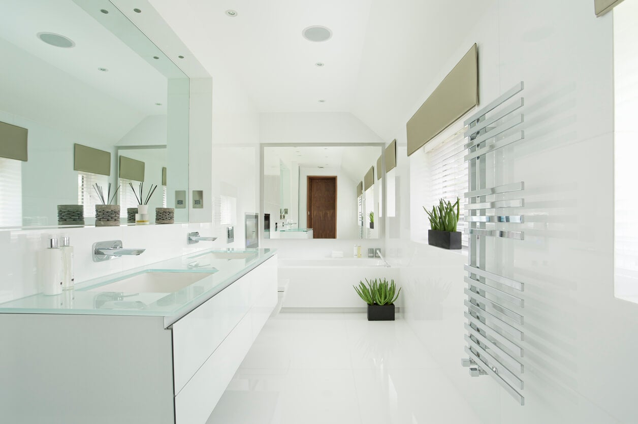bright white bathroom color
